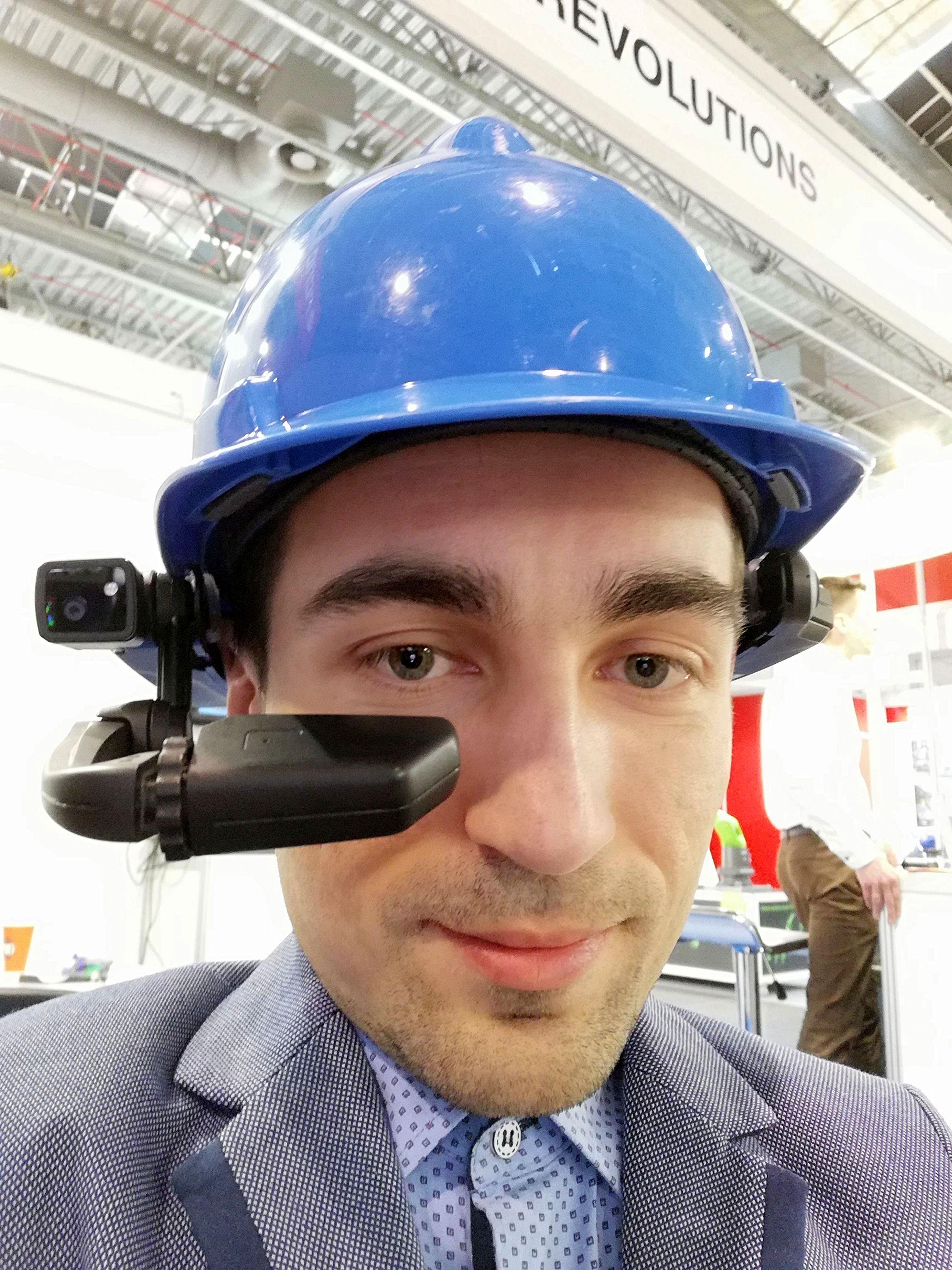 RealWear HMT-1 kask, helmet